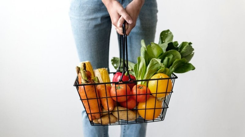 Minimalist Vegan Lifestyle