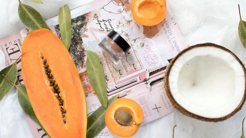 4 reasons to make your own lipbalm